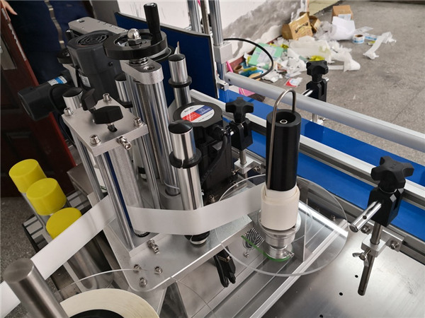 Mecanismo de separação automática de garrafas